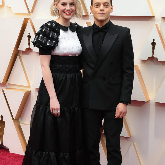 These two. 💛💫 @lucyboynton1 & @ramimalek #Oscars photo: getty images