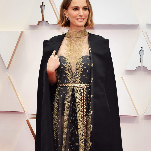 We stan—@natalieportman embroidered her @dior cape with the names of all of the incredible female directors who weren't nominated tonight. 👏 #Oscars photo: getty images
