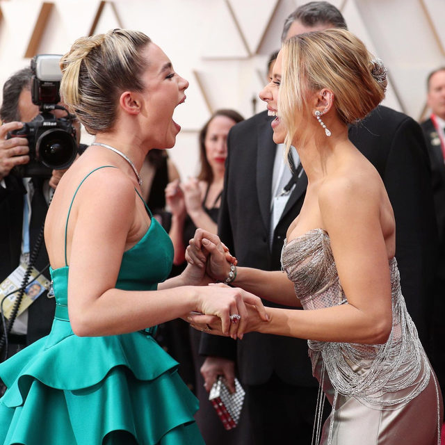 Best Actress nominee #ScarlettJohansson and Best Supporting Actress nominee #FlorencePugh share a moment of mutual admiration on the #Oscars red carpet - Pugh will play Johansson's side-kick in the upcoming Marvel Studios movie #BlackWidow. Click the link in bio for everything you need to know about the #Oscars2020.