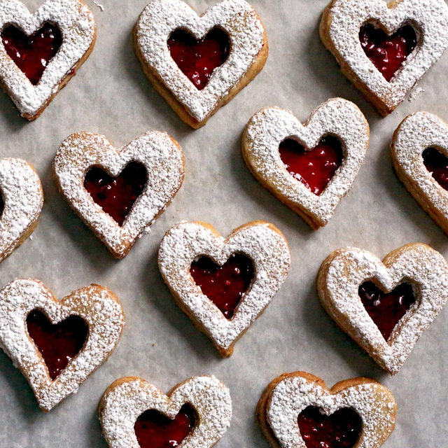 💖💖💖 No matter how you're spending your Valentine's Day, cookies are an excellent choice. 💖💖💖 Head to the link in bio for this Linzer Cookies recipe by @posiehh, and while you're there, check out 31 other V-Day cookies to make today!