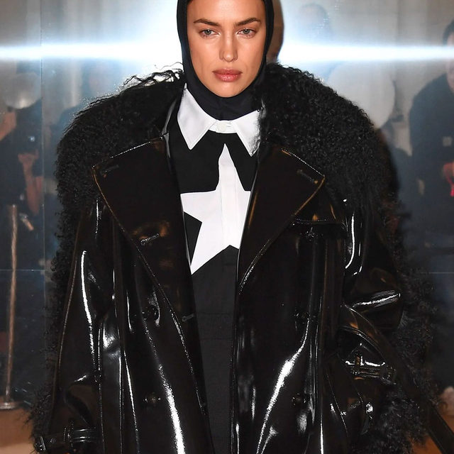 In head-to-toe monochrome, #BritishVogue's March 2020 cover star #IrinaShayk takes centre stage on the catwalk at the @Burberry AW20 show at the Olympia National, London. Shayk joined an all-star cast including #BellaHadid, #GigiHadid, #JoanSmalls and #KendallJenner. See every look at the link in bio. Photographed backstage by  Gareth Cattermole/BFC.