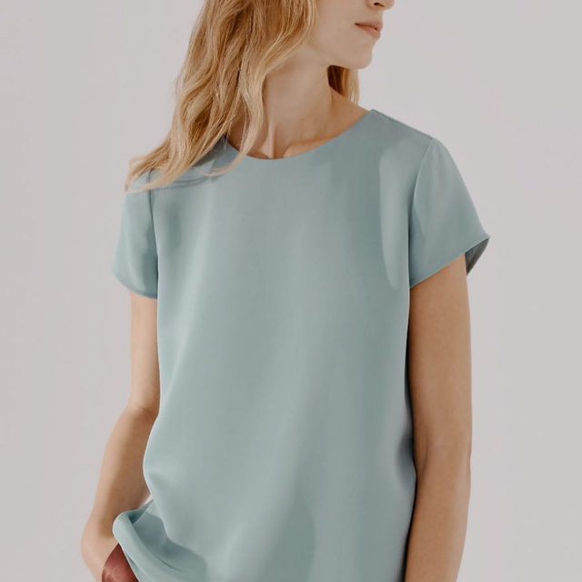 New hues are here.  Our Silk Tee in Sea Foam will give you that relaxed by-the-sea feeling you need.