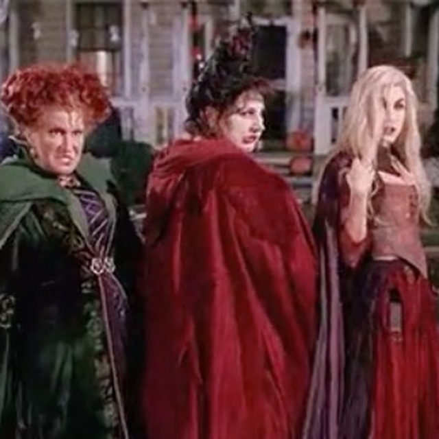 The Sanderson Sisters are back. ‼️ Hocus Pocus is officially getting a sequel. Tag your witches and head to the link in bio for everything we know so far. video: giphy