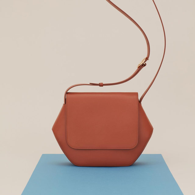 Six sides. One inner pocket. Three colors. Our Hexagon Crossbody has arrived.