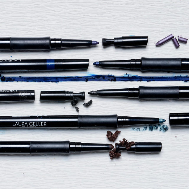 Look INKcredible with our best-selling waterproof gel eye lining pencil ✨😜✔️ Shop today on laurageller.com . . . #lauragellerbeauty #INKcredible #graphiceyeliner #eyelinergoals.