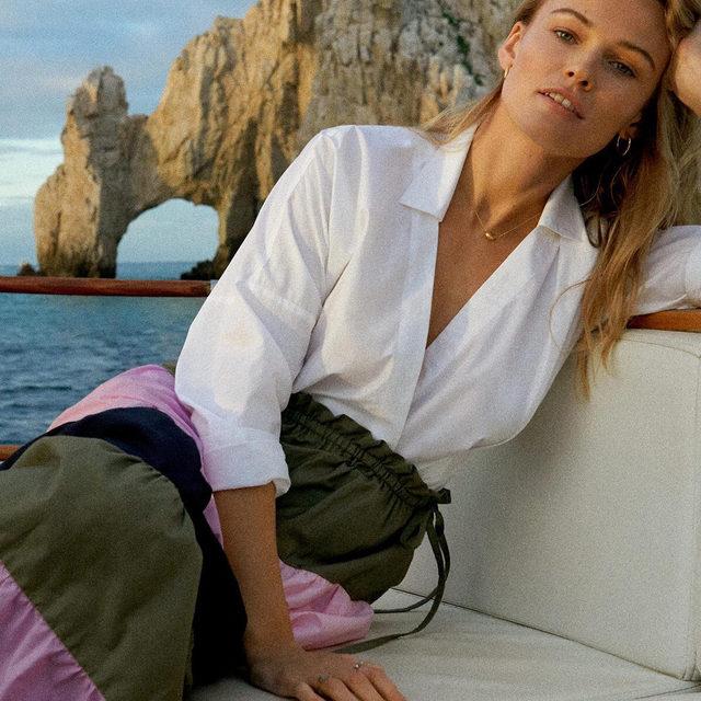 Sail away in ever-so-elegant poplin. (link in bio to shop)