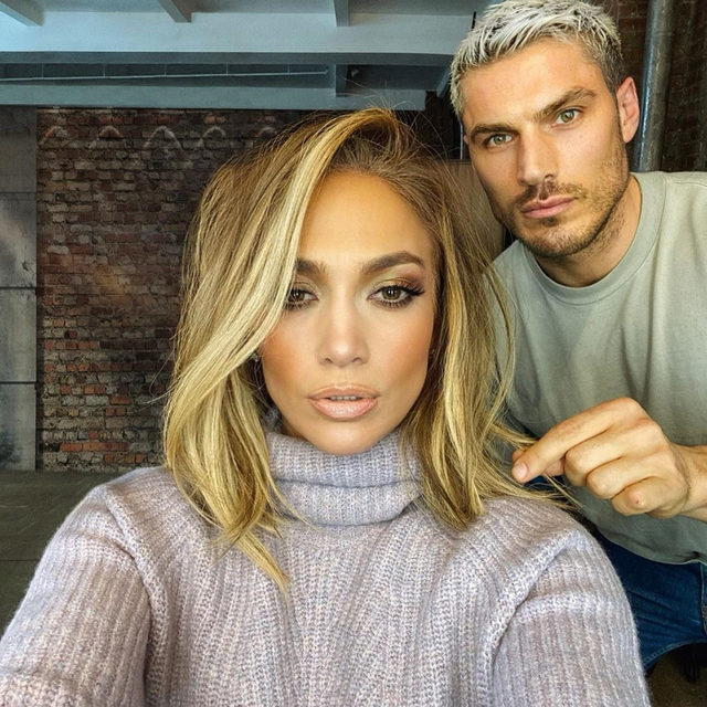 So you want your hair to be on @jlo's level—we got you. Tap our link for 39 essentials the most sought-after hairstylists in the industry rely on. photo: @chrisappleton1