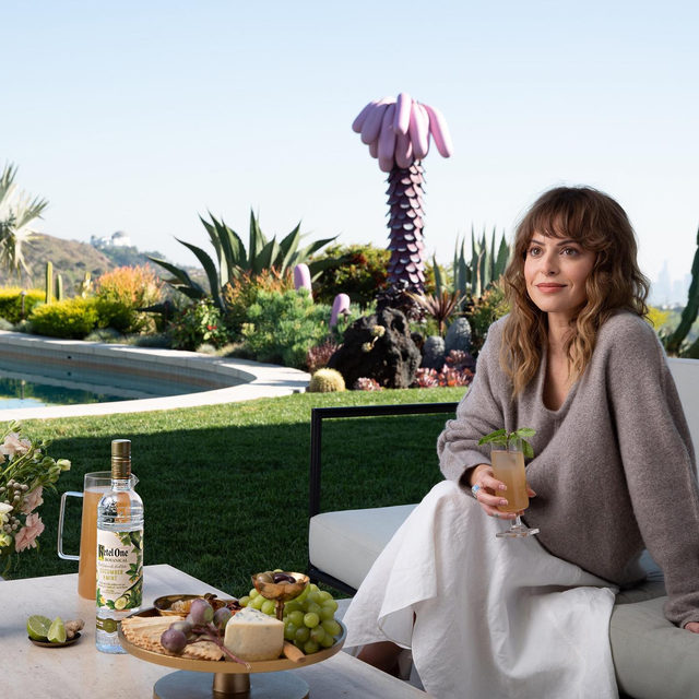"""The founder and CEO of Girlboss, @sophiaamoruso, has a few hard-and-fast rules for foolproof entertaining. The first? Talk to everyone and be the most welcoming. And: """"Keep it cool with cocktails. It gets hot in Los Angeles, so @KetelOneBotanical is a great option to keep things feeling fresh in the summer,"""" she says. Link in bio for her secrets to making hosting so much easier."""