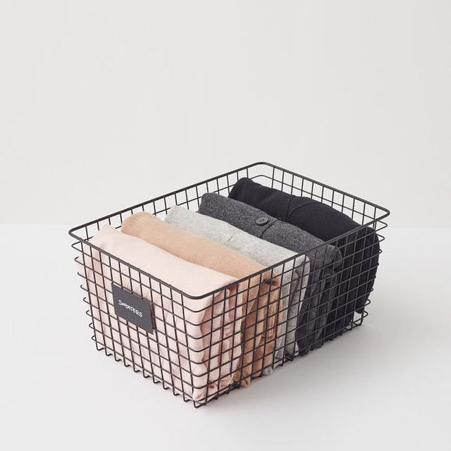 Introducing Cuyana x @neatmethod Together, we want to get organized. We teamed up with Neat Method to design and implement a system for your closet that is not only effective, but also sustainable. Link in bio for our steps to achieve #fewerbetter living at home.