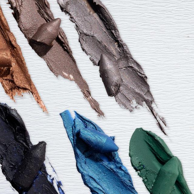 SHADES OF KAJAL ✨😱 Which one is your favorite? Comment below!  Shop our Kajal Longwear Eyeliner on laurageller.com. . . . #lauragellerbeauty #laurageller #kajaleyeliner #eyelinergoals #bakedmakeup.