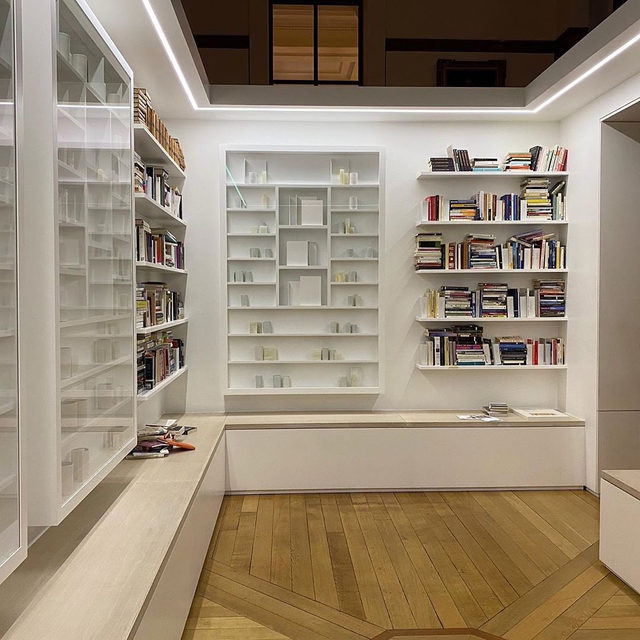 """""""'Library of exile,' which Edmund de Waal has described as the most significant sculpture of his career, consolidates the themes of diaspora, memory and memorial he has returned to throughout his art and writing; but it also serves to reconcile those twin practices."""" —William Atkins, Financial Times  William Atkins recently wrote about Edmund de Waal's """"Library of Exile"""" for """"Financial Times."""" The library, which went on view earlier this month at London's British Museum, houses over two thousand books written by exiled authors from Ovid's time to the present day. The external walls of the library are inscribed with a new text piece listing the lost and erased libraries of the world. Inside, embedded in the bookshelves, is a quartet of de Waal's large-scale vitrines, containing porcelain vessels and page-like brackets of steel. Follow the link in our bio to read the article online. __________ #EdmunddeWaal #BritishMuseum #libraryofexile #Gagosian @britishmuseum @financialtimes #Repost: @edmunddewaal"""