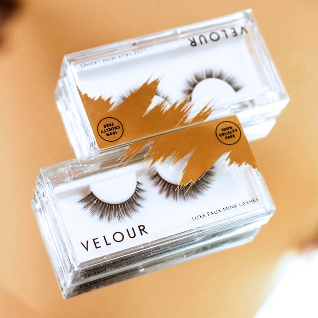 Touch of gold.  These 100% cruelty-free lashes are made from the world's most premium synthetic materials to look and feel like REAL lashes and allows for 20+ wears.  Shop our Luxe Faux Mink collection online at @ultabeauty - today is also the last day to get 25% off all lash collection on velourbeauty.com . Tap the link in our bio!  #VelourBeauty #LuxeFauxMink #UltaBeauty #LiveInLashes