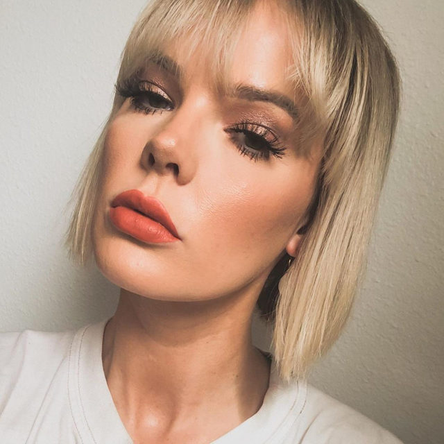 If a mimosa were a makeup look🧡🍾 @mallory__cornelison is wearing Dont @ Me from our #LOTD collection.  Looking for more lashes?  Shop any of our select $12 lashes today, 50% of proceeds will go towards being donated to Global Citizen & World Health Organization's COVID-19 relief fund.  Tap to link in our bio to shop.  @GlblCtzn x @WHO  #TogetherAtHome #CoronaVirus #CoVid19 #VelourBeauty