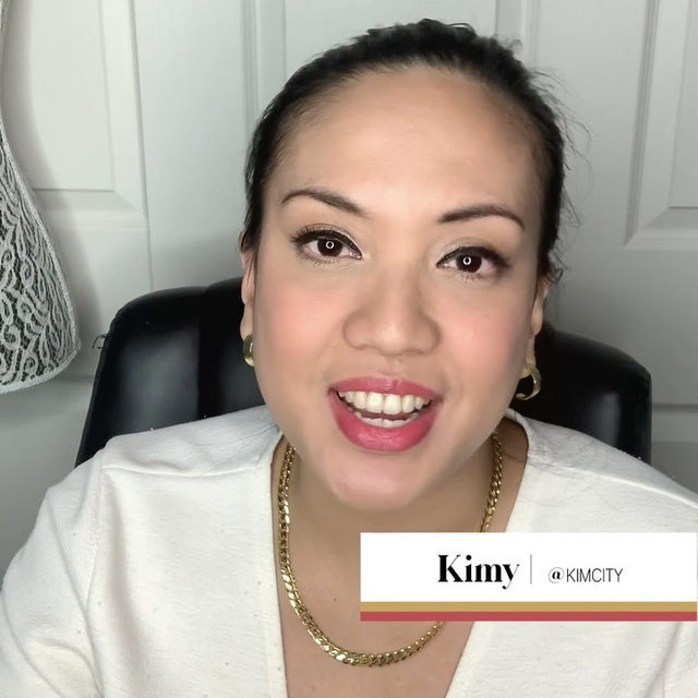 NEW SERIES ALERT: AM to PM now on YouTube! ⏰In each episode, we'll be getting an inside look at the lives of Poshmark Community members. First up? Las Vegas Posher, @kimycity! 👏 Check out her favorite breakfast, her at-home Poshmark setup and so much more! Tap the link in our bio to watch the full video and show her some love!