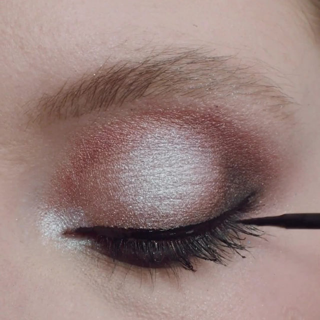 See how artist angiedib created this soft and sultry neutral look on meaganrivard using Lash & Go and Worst Behaviour.  No magnets, no glue, no mess. Just an effortless application, with or without lashes.  We want to see how YOU use Lash & Go, tag us using it in action.  Shop now on velourbeauty.com, or click the link in our bio. 🖤  #VelourBeauty #LashAndGo