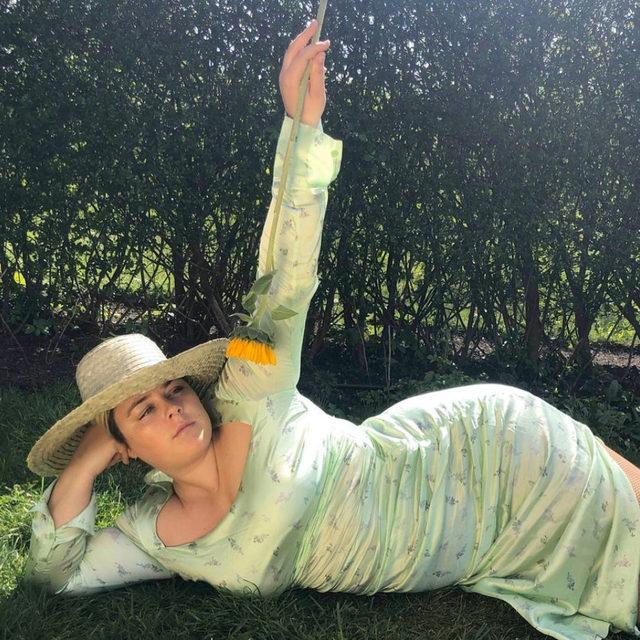 Hi @jadablu93 in our silk satin dress 👒 #GANNIGirls