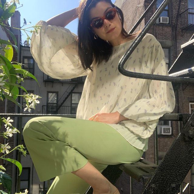 Watch vintage lover @annazgray from @object.limited IGTV as she inspires us to treasure hunt in our own wardrobes and mix old with the new #GANNIGirls #GANNI