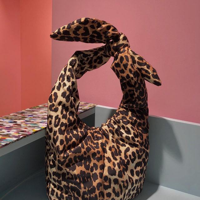 Go wild for our leo print padded tech bag 🎀🎀🎀 #GANNIGirls #GANNI