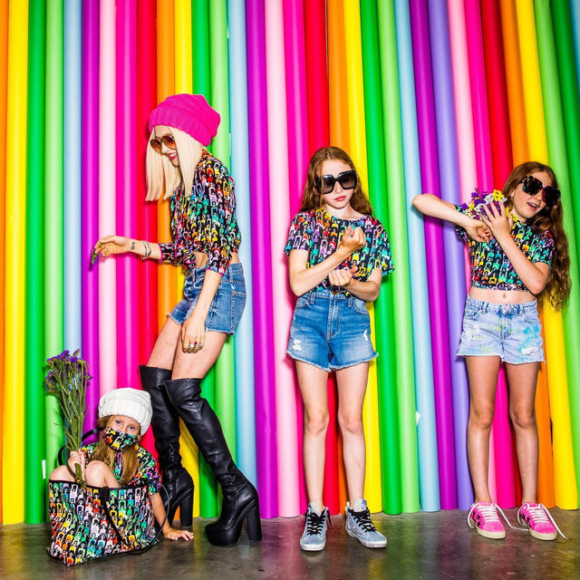 Never a dull moment here! Our garage turned photo studio.... and the rainbow stace weekend tote, so you too can match your face mask to your top and bag! 🥰