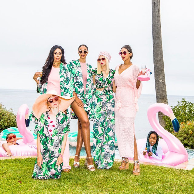 I love flamingos and mermaids and palm trees....and Bella's insanely gorgeous legs!!! ❤️ While there are many things to be sad about in these crazy times, we always need to find things to smile about too....🥰 #camp2020