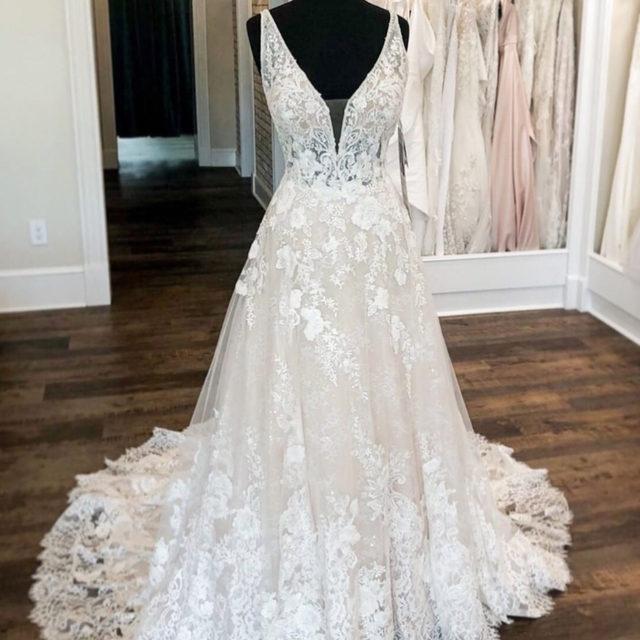 Details on #details 😍 Suzanne, 2142 featuring an exquisite diamanté and crystal beaded trimmed bodice and breathtaking, wide border hemlace ✨ . . . #morilee @madelinegardner #madelinegardner #chic #designerweddingdresses #weddingdesigner #bridal #bridalgown #instawed #weddingseason #realweddings #weddedbliss #weddingshoot #bride2019 #realbride #sayyestothedress #isaidyes #bride2be #pride #love #bridalgowns #bridalgown #modernbride #loveislove #dresscometrue #2020wedding #romantic #brides