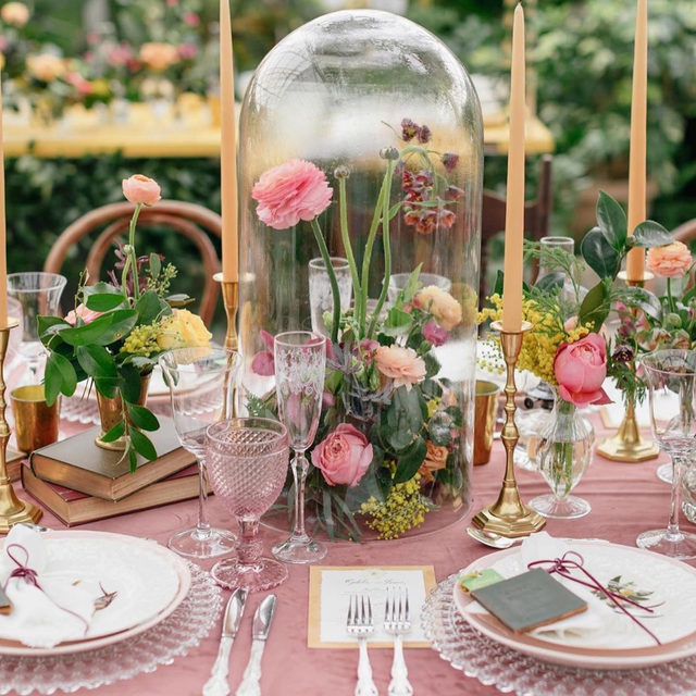 The #perfect English garden inspired setting 😍🌸🌿 Such a beautiful color palette! ✨ . . . Images via: @ruffledblog photo: @emilywrenphoto + planning + styling: @ljevents florals @robertsonsflower paper @paperyofphilly rentals @partyrentalltd #morilee @madelinegardner #madelinegardner #chic #designerweddingdresses #weddingdesigner #bridal #bridalgown #instawed #weddingseason #realweddings #weddedbliss #weddingshoot #bride2019 #realbride #sayyestothedress #isaidyes #bride2be #pride #love #bridalgowns #bridalgown #modernbride #loveislove #dresscometrue #2020wedding #romantic #brides