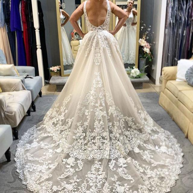 Step up your train game in Robin, Style 2089 😍✨ . . .  #morilee @madelinegardner #madelinegardner #chic #designerweddingdresses #weddingdesigner #bridal #bridalgown #instawed #weddingseason #realweddings #weddedbliss #weddingshoot #bride2019 #realbride #sayyestothedress #isaidyes #bride2be #pride #love #bridalgowns #bridalgown #modernbride #loveislove #dresscometrue #2020wedding #romantic #brides