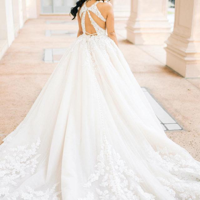 On the blog: Stunning #morileebride Chanti, wearing our Primavera #gown 🌸 Link in bio to see more of this dreamy #fairytale wedding! ✨  . . 📸 Photo: @donnaireneweddings  #morilee @madelinegardner #madelinegardner #chic #designerweddingdresses #weddingdesigner #bridal #bridalgown #instawed #weddingseason #realweddings #weddedbliss #weddingshoot #bride2019 #realbride #sayyestothedress #isaidyes #bride2be #2020bride #bridalcollection #bridalgown #modernbride #love #dresscometrue #2020wedding #romantic #lace #train
