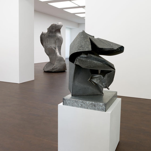 """#CrushedCastConstructed: Join Gagosian on July 23 at 12pm EDT for a virtual tour of """"Crushed, Cast, Constructed: Sculpture by John Chamberlain, Urs Fischer, and Charles Ray,"""" an exhibition on view at Gagosian, Grosvenor Hill, London, through July 31. Gagosian's Alice Godwin will discuss the three artists' divergent sculptural processes, examining their individual approaches and identities with respect to materials and methods. Follow the link in our bio to register. _________ #Gagosian Installation views, """"Crushed, Cast, Constructed: Sculpture by John Chamberlain, Urs Fischer, and Charles Ray,"""" Gagosian, Grosvenor Hill, London, June 15–July 31, 2020. Artwork, left to right: © Urs Fischer; © 2020 Fairweather & Fairweather LTD/Artists Rights Society (ARS), New York"""