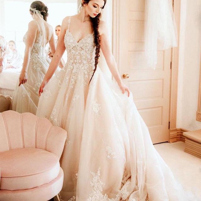 Like a page out of a #fairytale! 😍 Princess #perfect in Mariska, Style 8187✨ . . . 📸 @romancingbellephotography @bridalcollections  @madelinegardner #madelinegardner #morileebride #designerweddingdresses #weddingdesigner #bridal #bridalgown #instawed #weddingseason #realweddings #weddedbliss #weddingshoot #bride2019 #realbride #sayyestothedress #isaidyes #bride2be #pride #love #bridalgowns #bridalgown #modernbride #classicbride #dresscometrue #2020wedding #romantic #brides