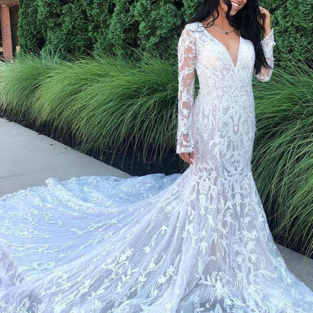 Details divine! 😍✨ Swipe to see the stunning back! ✨Laralaine, Style 8298 ✨ . . . #morilee @madelinegardner #madelinegardner #chic #designerweddingdresses #weddingdesigner #bridal #bridalgown #instawed #weddingseason #realweddings #weddedbliss #weddingshoot #bride2019 #realbride #sayyestothedress #isaidyes #bride2be #pride #love #bridalgowns #bridalgown #modernbride #classicbride #dresscometrue #2020wedding #romantic #brides
