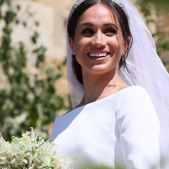 Happy birthday Meghan Markle! ❤️ In honor of her 39th birthday today, we're revisiting a certain royal wedding detail many missed: the secret message hidden in her veil! 👰🏻 Head to the #linkinbio for the statement that made her walk down the aisle extra meaningful. // 📸: @gettyimages