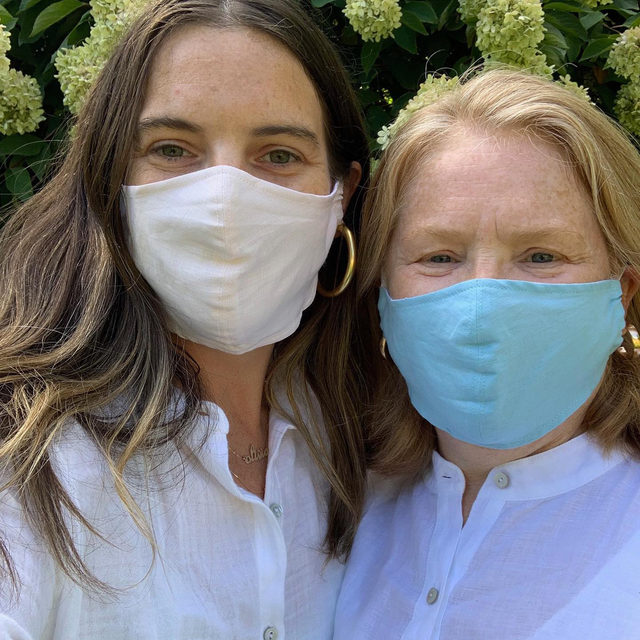 Masks are back! Our Double Layer Organic Linen masks are worn here by our Head of Social Media, @livkirby, and her mom, @maamkirby. We took your feedback and updated the fit, and for every mask purchased, we'll donate one to an essential worker— so you're helping us continue to protect those who are selflessly protecting others. Click the link in our bio to shop the new styles.