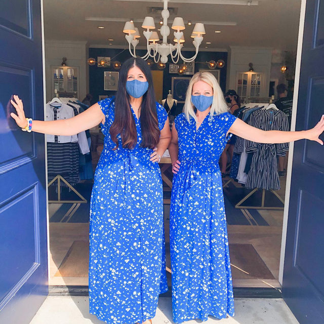 Come knockin' on our #DraperJamesNashville door 💙 Swing by any of our stores this weekend to say 👋 and shop the Lucky You Sale 🍀 Up to 75% off select styles — this weekend only!