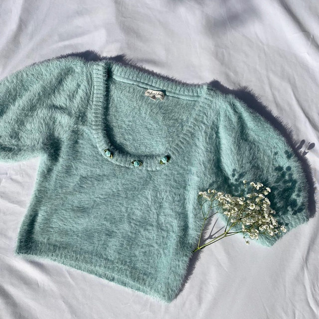 You fit me better than my favorite sweater // The Anastasia Sweater