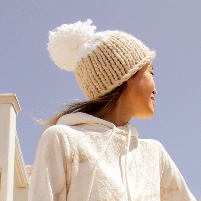 Winter will be here before you know it ☺️ Get ready to bundle up with the @freepeople Cozy Up Colorblock Pom Beanie. As the seasons change, it will be the accessory you reach for when you need a little bit of cozy but a whole lot of cute!  Get yours in the Fall Into Fashion Sale before it closes tonight, Sep. 8, at 11:59pm PT to all members. Link in bio