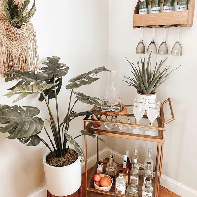 Sip me baby one more time! Bars might be closed in your city, but an at-home bar cart is always open for business 🥃 Today on the Magazine, we're sharing some chic and stylish bar carts that you can add to your home this season. The best part? They're all under $300! Link in bio. [📷: @homedesignbyjaime]