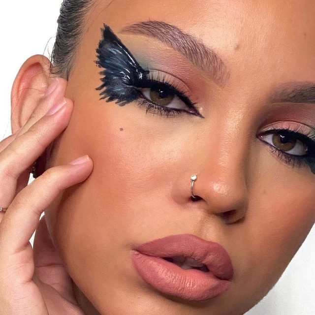 gemsrodri's travisscott Birds in the Trap- inspired  #BeautyscapeRemixContest entry! 🎧💿✨Tag us in your music-inspired makeup looks FOR THE CHANCE OF A LIFETIME: 🎤Win a $10,000 cash prize 🎤Contribute to el.f.'s next big beauty collection with music artists from umgbgram (WE WILL BE ANNOUNCING THE ARTISTS SOON-STAY TUNED) 🎤See your collection sold at a top e.l.f. retailer next summer 🎤Give girlsinc alumni the chance to create alongside you and the Universal Music Group and Brands artists!  HOW TO ENTER: Step 1: Create a full-face look inspired by your favorite music genre, whether it's the upbeat electric pulse of Pop or the smooth sounds of R&B. Whatever your beat- anything goes! Step 2: Post your look to your Instagram feed Step 3: Tag and follow elfcosmetics and use the hashtag #BeautyscapeRemixContest  UNLIMITED ENTRIES WELCOME by 9/18! #eyeslipsface #elfingamazing #elfcosmetics #crueltyfree #vegan