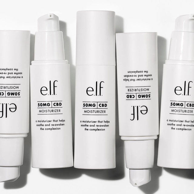 Hydrate, relax, repeat. 💦 Our 50 MG CBD lightweight gel-cream moisturizer is infused with hyaluronic acid and sweet almond oil to help retain skin moisture while soothing and hydrating your skin.   Click on the #linkinbio to shop for $15 💚 #eyeslipsface #elfingamazing #elfcosmetics #crueltyfree #vegan