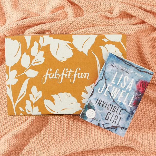 """🍁GIVEAWAY🍁 We're booked for the weekend! ✔️ We've teamed up with @lisajewelluk, author of our Fall Book Club pick """"Invisible Girl"""", to give one lucky winner an advanced copy of her book along with a #FabFitFun Box! Enter to win by:  1) Following @fabfitfun and @lisajewelluk 2) Liking this photo 3) Tagging 2 friends 4) Using #giveaway and #FabFitFun in the comments  Congrats to our winner @kendra_kelly 🏆 Stay tuned for more chances to win!   #giveaway #win #free #fabfitfunfreefriday @atriabooks  You may enter by (1) """"liking"""" FabFitFun's September 18, 2020, Instagram post announcing the Giveaway (the """"Invisible Girl Giveaway""""), (2) tagging two friends and using the hashtag """"#giveaway"""" and """"FabFitFun"""" using the """"Add a comment"""" feature of the FabFitFun's Invisible Girl Giveaway Post on Instagram, and (3) by following @fabfitfun and @lisajewelluk on Instagram. All entries must occur between 7:00am Pacific Time on September 18, 2020, to 11:59pm Pacific Time on September 22, 2020, (the """"Entry Period""""). See official"""