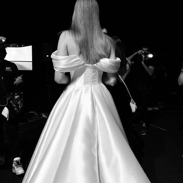 Catwalk ready for the NEW digital edition of the Valmont Barcelona Bridal Fashion Week. Be prepared to discover our latest collections by Chief Artistic Officer @alessandrarinaudo tomorrow at 8 pm CEST. Download the VBBFW App and register now! #PronoviasFashionShow   Sign up here: https://bit.ly/3cezVrC