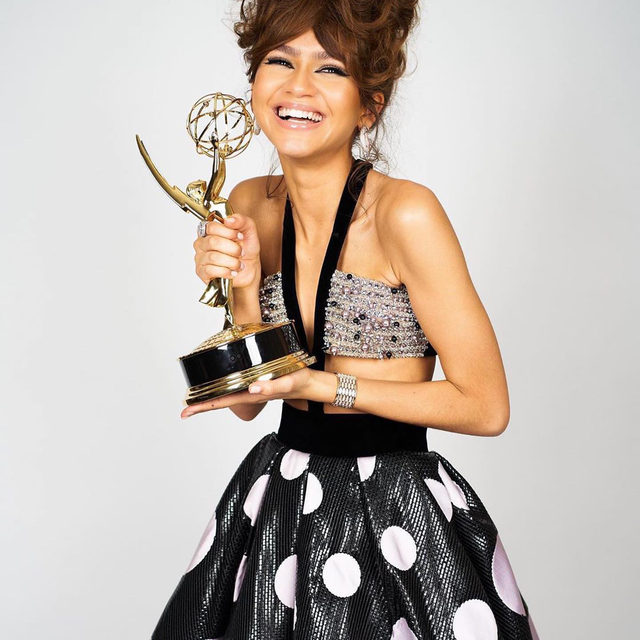 @Zendaya made history with her #Emmys win and I couldn't be prouder 😭💕 her @euphoria co-stars congratulate her at the link in bio.