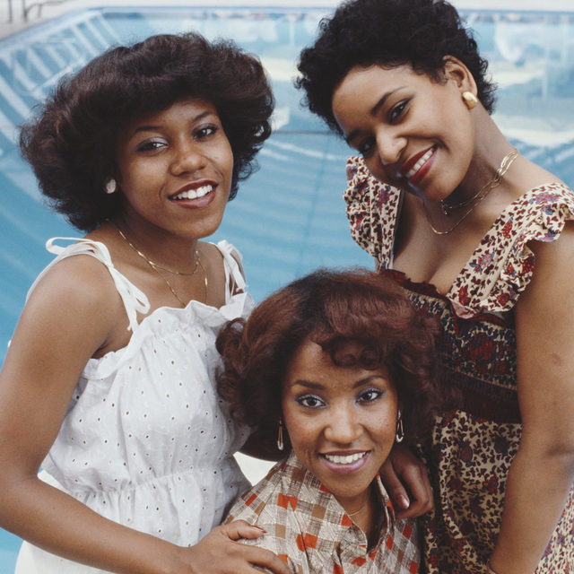 """Pamela Hutchinson, pictured left, of the R&B girl group the Emotions died Friday at age 61, the band announced this week. Hutchinson won a Grammy and earned a No. 1 on the Billboard Hot 100 with the Emotions' biggest hit – """"Best of My Love."""" Read more about her life and work at the link in our bio.  📷Michael Putland/Getty Images  #TheEmotions #PamelaHutchinson"""