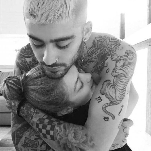 """""""The love I feel for this tiny human is beyond my understanding."""" 🖤🖤🖤 Zayn Malik has announced the birth of his daughter with Gigi Hadid with a heartwarming message 🥰 See more at the link in bio."""