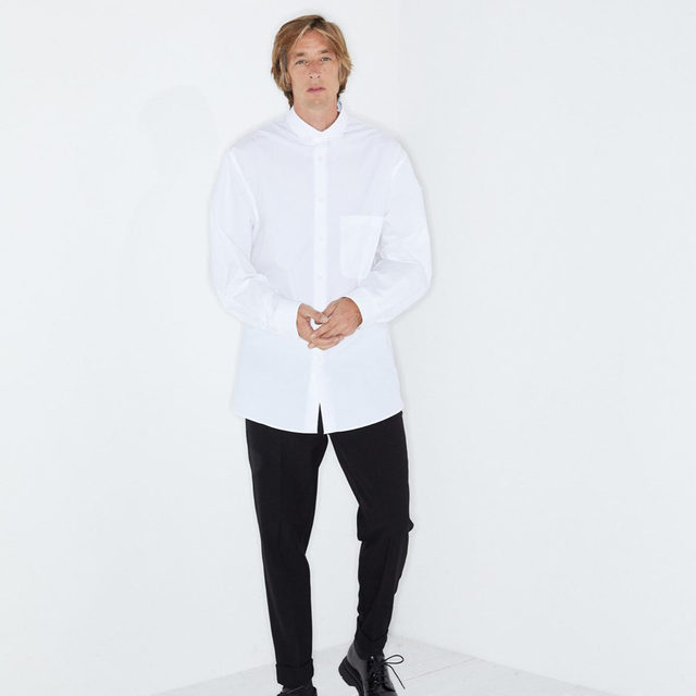Refined tailoring. #Raey batwing-sleeve shirt and tapered-leg trousers. Shop now at @MATCHES_MAN.