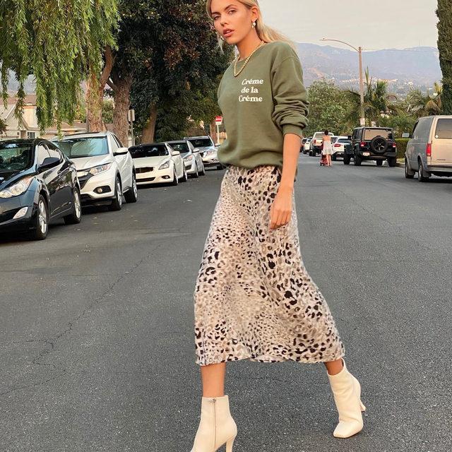 Fall mode on ✔️ @elizabethmarochok in our Bias Midi Skirt. Link in bio. #heydahl