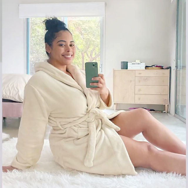 ✨SPOILER ALERT ✨ The @summerandrose Cozy Robe makes leaving our beds in the morning a little bit easier ☁️Slip on this ultra-plush ensemble when you're getting ready, sipping your morning coffee, or on days where getting dressed is just not in the cards. Available in XS/S/M, L/XL, and Plus Size! Are you adding this must-have to your Winter Box? Let us know below!   REMINDER: Add-Ons open for Select Members on Thursday, Oct. 29th and Customization opens on Friday, Oct. 30th. Add-Ons opens for Seasonal Members on Thursday, Nov. 12th and Customization opens on Friday, Nov. 13th. All windows open at 9am PT and close at 11:59pm PT. Head to the link in our bio to upgrade your account for early access!