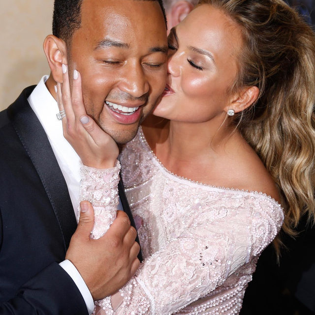 "John Legend dedicated his #BBMAs performance to Chrissy Teigen. ❤️ Link in bio for more on his emotional rendition of ""Never Break."""