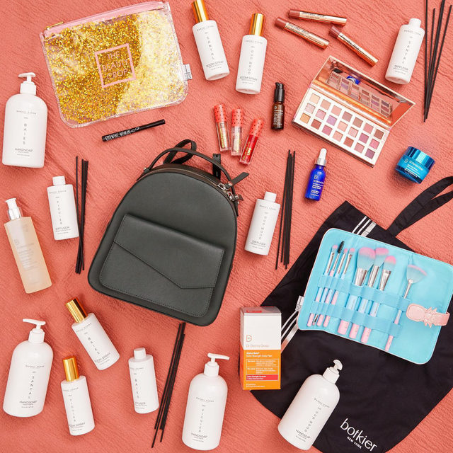 """🍁GIVEAWAY🍁 We can't say goodbye to fall without one last giveaway! We've teamed up with @botkier, @drdennisgross, @stonecandlebar, and @thebeautycrop to give one lucky winner the ultimate bundle. Enter to win by:   1) Following @fabfitfun, @botkier, @drdennisgross, @stonecandlebar, and @thebeautycrop 2) Liking this photo 3) Tagging 2 friends 4) Using #giveaway and #FabFitFun in the comments  Winner will be announced on Wednesday, 10/21 in the caption. #giveaway #win #free #fabfitfunfreefriday  You may enter by (1) """"liking"""" FabFitFun's October 16, 2020, Instagram post announcing the Giveaway (the """"Goodbye Fall Giveaway""""), (2) tagging two friends and using the hashtag """"#giveaway"""" and """"FabFitFun"""" using the """"Add a comment"""" feature of the FabFitFun's Goodbye Fall Giveaway Post on Instagram, and (3) by following @fabfitfun, @botkier, @drdennisgross, @stonecandlebar, and @thebeautycrop on Instagram. All entries must occur between 7:00am Pacific Time on October 16, 2020, to 11:59pm Pacific Time on October 20, 2020, ("""