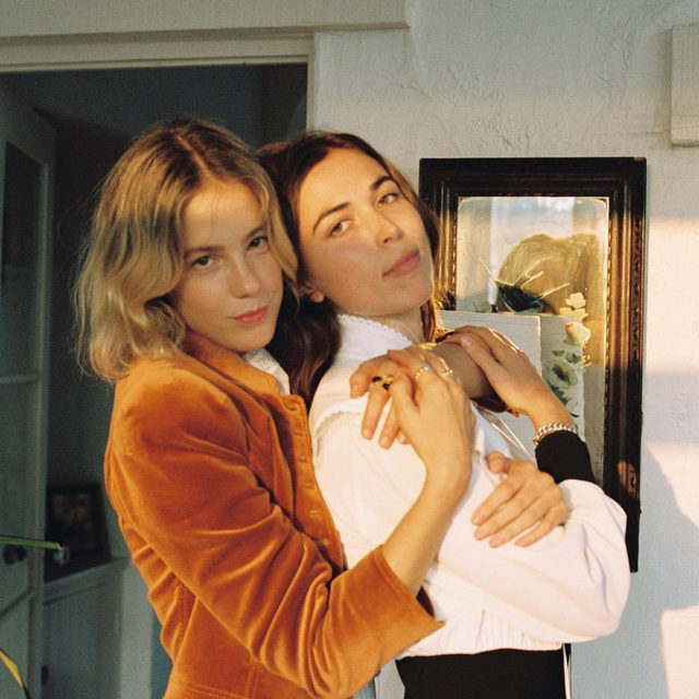 @billiebadams, @zoegitter and @rainsford of @lesfilles.cc made us a Fall-themed playlist on @spotify 🧡 link in bio  Bec wears our Velvet Jacket, Removable Collar Top, Lee Razidwill Petite Bag, and Tory Charm Loafers Zoe wears our Removable Collar Dress Rainey wears our Satin Twill Flight Jacket and Ruby Loafers  Photographed by @tuna__rice